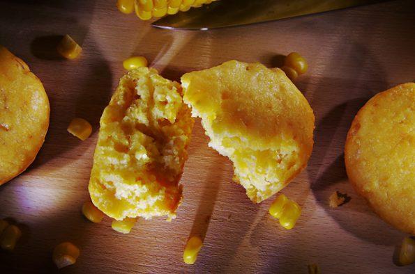 Сладкие кукурузные маффины