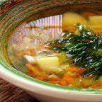 Быстрый суп с булгуром и луком-пореем