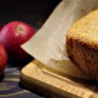 Легкий творожный кекс c яблоками