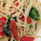 Спагетти с холодным томатным соусом